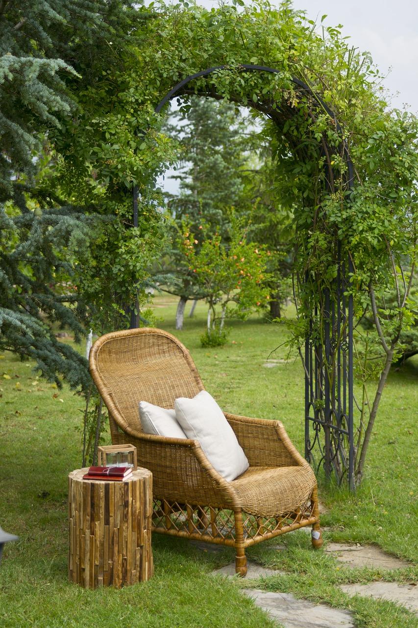 www.rattan-gardenfurniture.co.uk